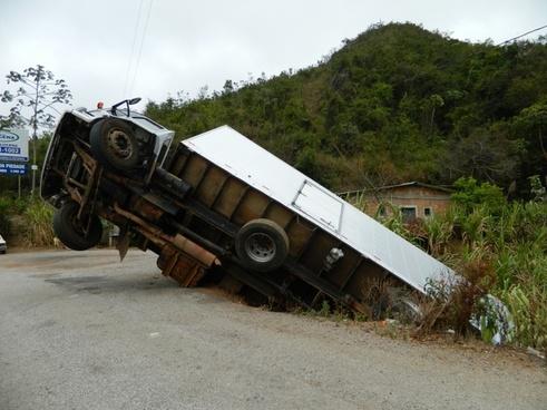 accident truck cart