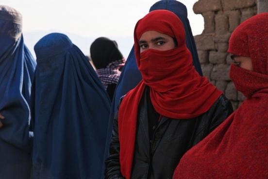 afghanistan girl burqa