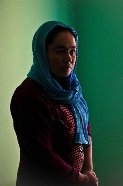 afghanistan head wrap woman