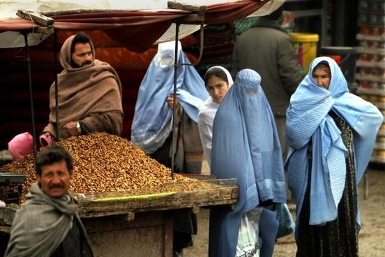 afghanistan women man