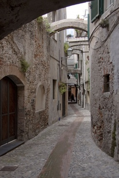 albenga alley old