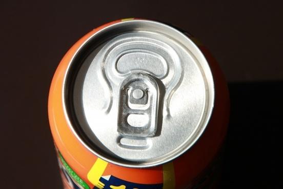 aluminum can coca-cola