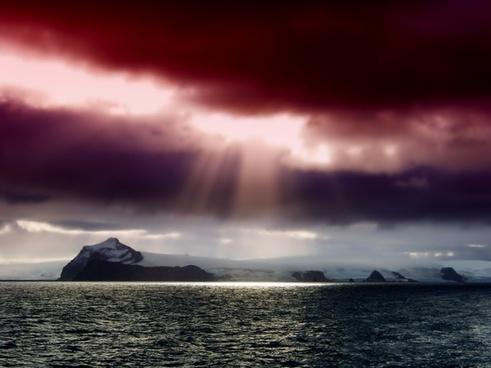 antarctica mountains sky