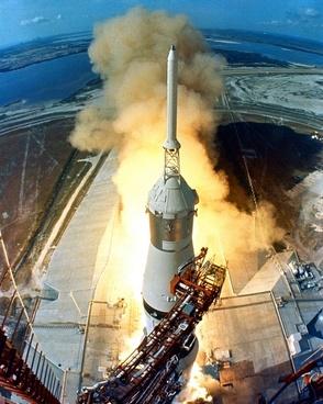 apollo 11 start rocket launch