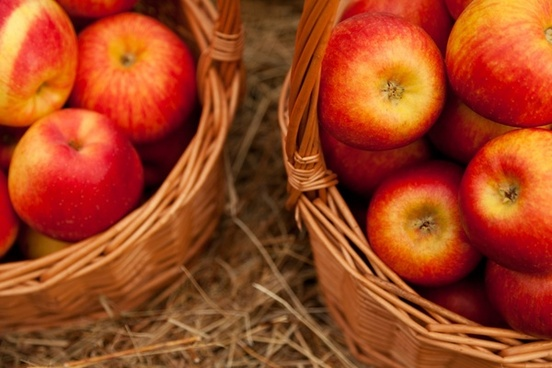 apples in two baskets