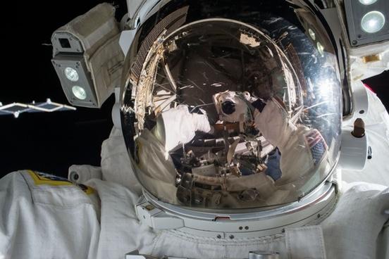 astronaut auto car drive engine equipment gear