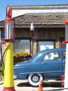 auto oldtimer petrol stations