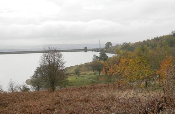 autumn stillness at watergrove