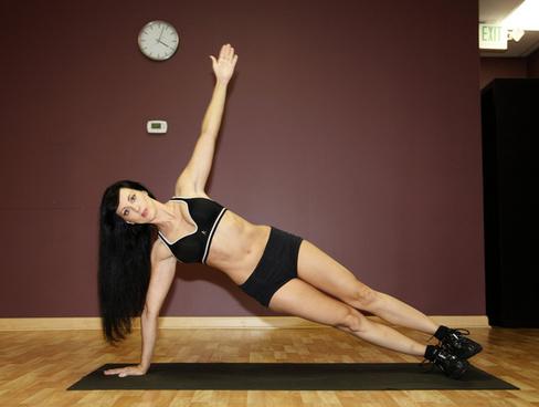 aviva sinay fitness model