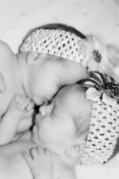 babies twins newborn