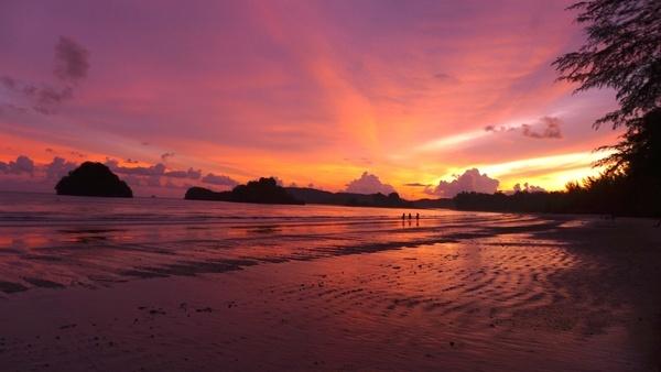 backlit beach coast dawn dusk evening landscape