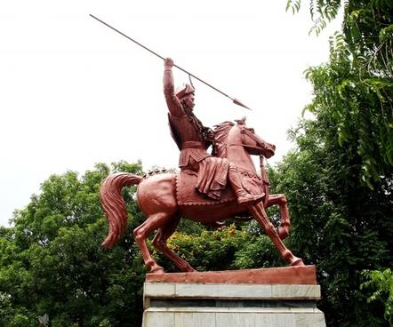 bajirao peshave statue pune tourism maharashtra tourism