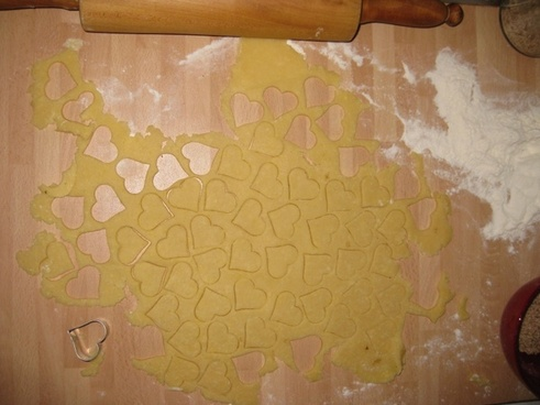bake heart dough