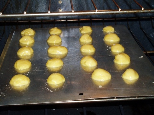 baking cookie dough