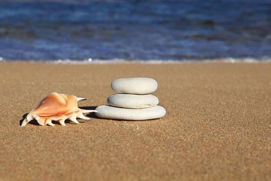 balance beach blue