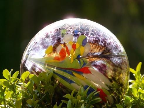 ball decoration garden