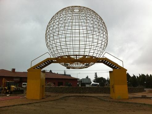 ball expo sevilla construction