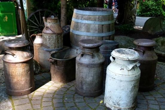 barrels kegs antique