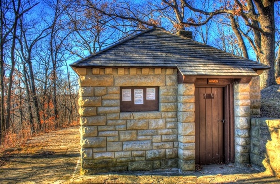 bathroom building at babbler state park missouri