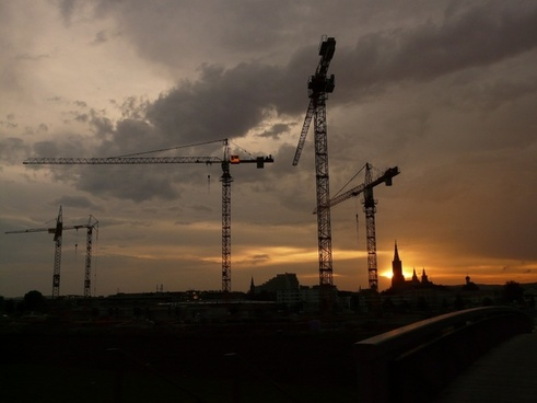 baukran crane construction sites