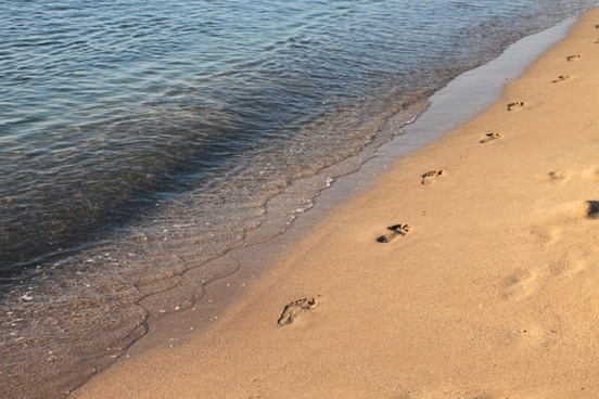 beach footprints mamaia
