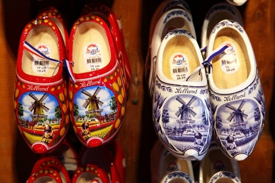 beautiful dutch clogs