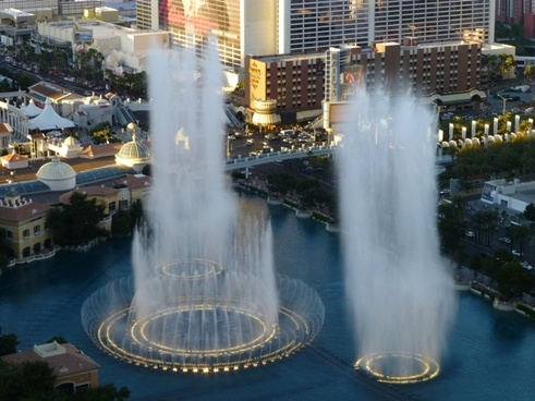 bellagio fountains day