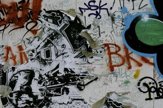 berlin wall sprayer grunge