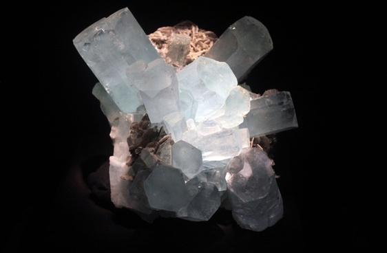 beryl v aquamarine