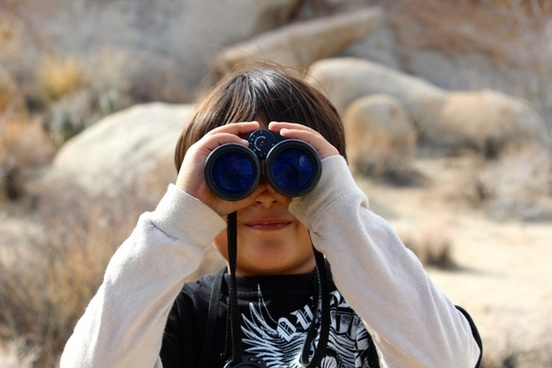binoculars child magnification
