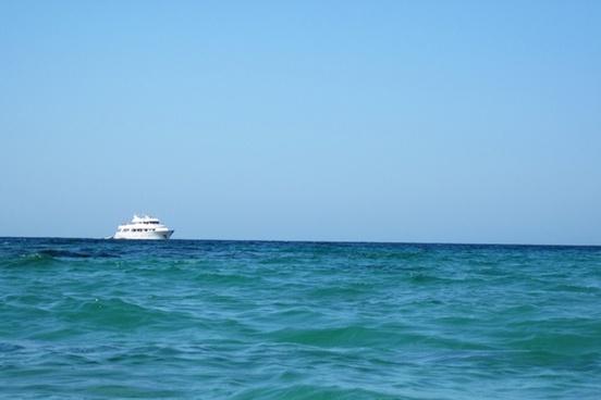 blue boat cruise