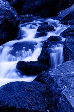 blue mountain waterfalls