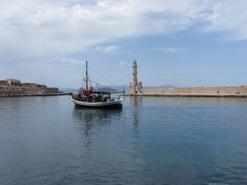 boat port the chania