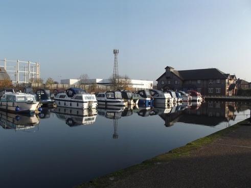 boats docked at stretford marina