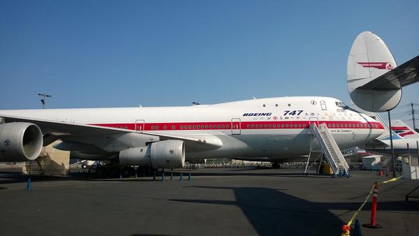 boeing 747 ra001