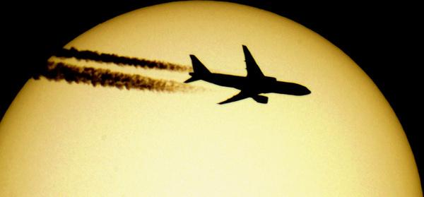 boeing 777 sun