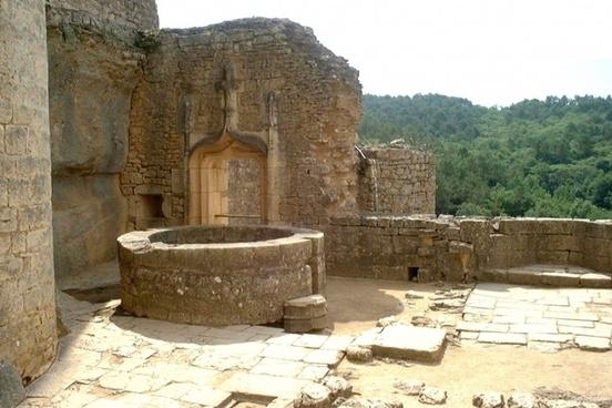 bonaguil castle 5