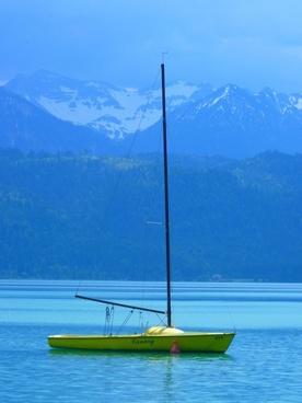 boot sailing boat see
