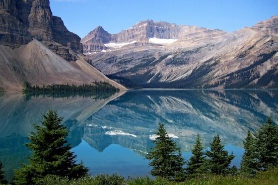 bow lake canadien rockys landscape