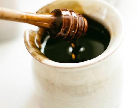 bowl close up drip food honey kitchen liquid pot