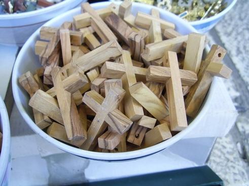 bowl of crosses