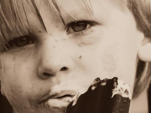 boy muddy eating