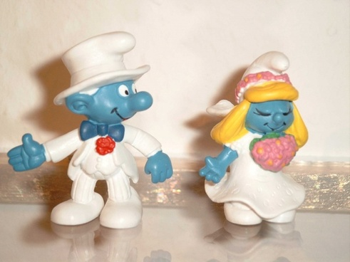 bride and groom wedding smurfs