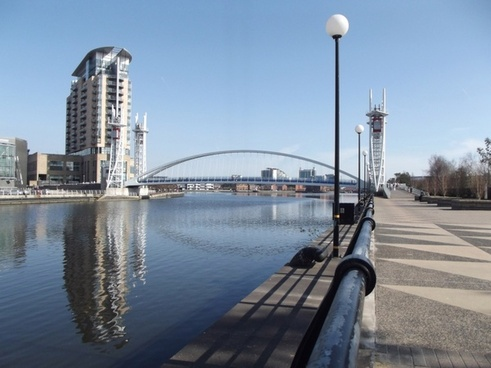 bridge lowry mall