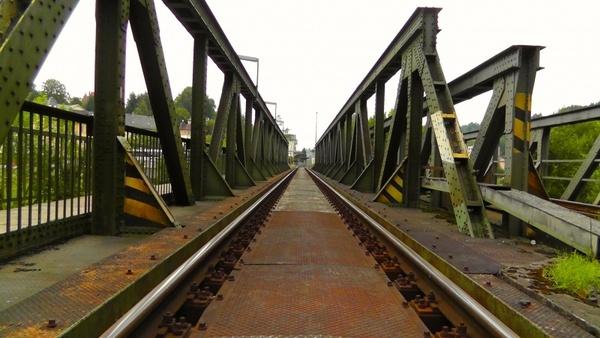 bridge old bridge train