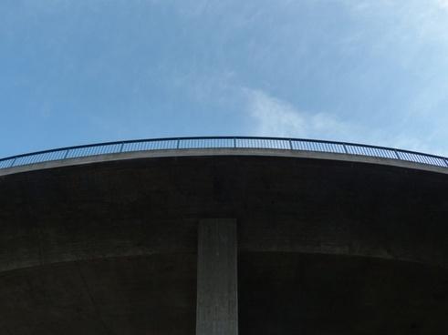 bridge railing high