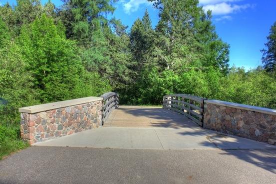 bridge to the source at lake itasca state park minnesota