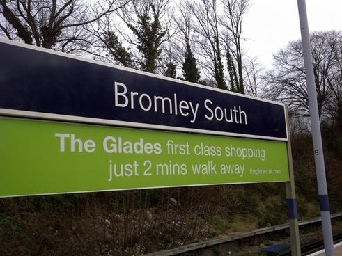 bromley south platform sign