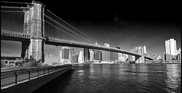 brooklyn bridge lower manhattan new york city ny usa