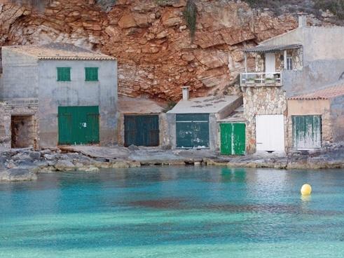 building boat garages sea
